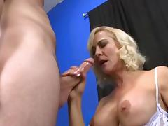 Mature hottie fucks a horny younger dude