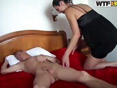 Good surprise in bedroom