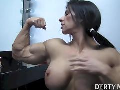 Angela Salvagno 05 - Female Bodybuilder