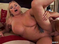 Curvaceous milf Briana Banks plays a naughty cheating wife
