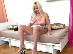 Sweet mature mother with hot aged body