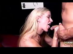 Dia always light up a cigarette when she sucks the meaty schlong