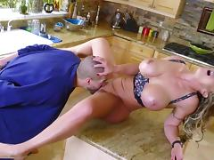 About time someone fucks this milf's greedy pussy the right way