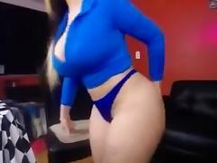 Big Booty babe wearing blue