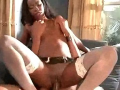 Hot Ghetto Black Milf Riding