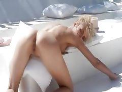 Amazing dream of beautiful wow blondie