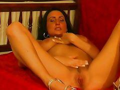 Sylva Ondrusikova solo masturbating