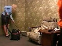 Mature Amateur Sex After Cleaning