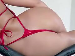 Sexy Blonde Babe Nicole Aniston
