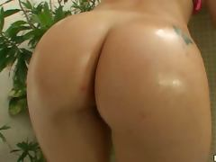Hot Anal Sex for Brazilian Sara Lopez's Big Oiled Up Booty