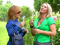 Lesbians in the park piss lustily