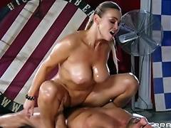 Abbey Brooks acquires oiled up rubbed down by her masseur