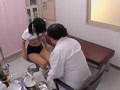 Asian slut touches a gynecologist's fat hammer in porn movie