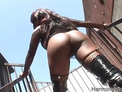 Ebony Anal Princess Jada Fire is back on stage