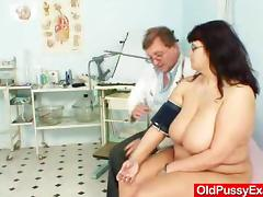 Horny Doctor Fingers His Mature Amateur Patient