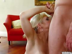 1000Facials Blonde pornstar Sarah Vandella is