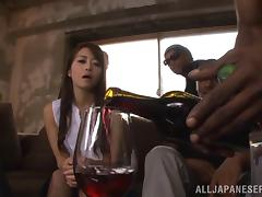Gorgeous Japanese milf Maki Hokujo enjoys interracial blowbang