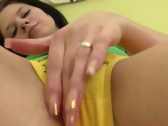 Closeup solo with nasty Lara H
